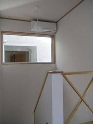 ソーラー住建 階段