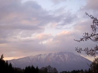 横の岩手山