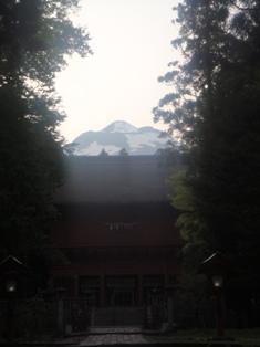 山が・・・