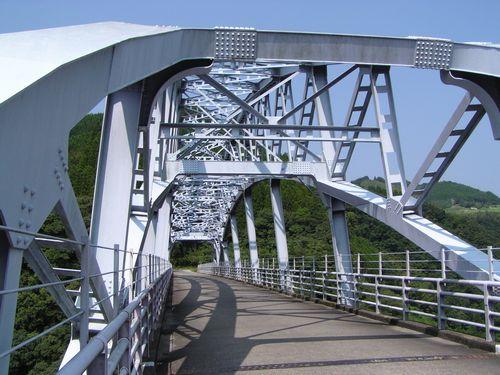 210823 山あいの橋4
