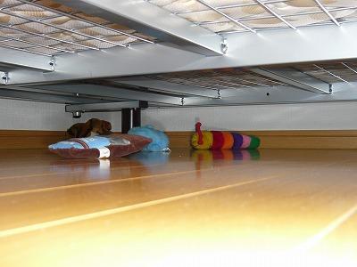 ベッドの下が・・・