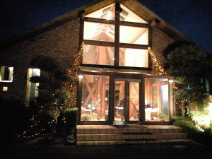 夜のログハウス