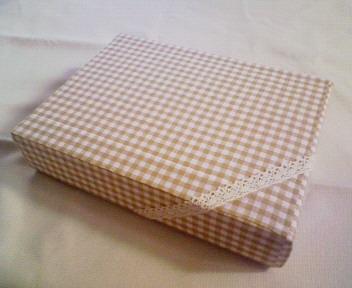 カルトナージュ風の箱
