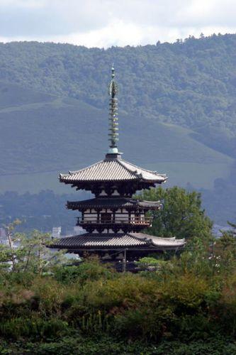 2薬師寺東塔