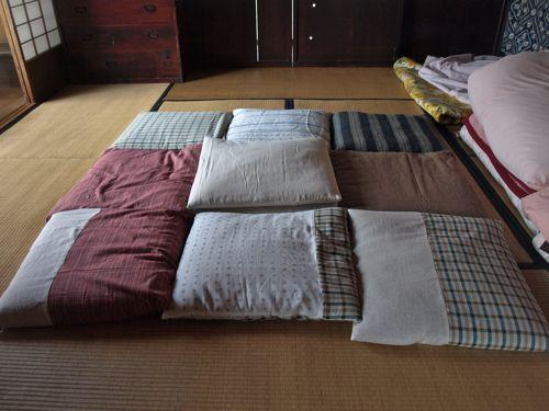 2座布団カバーを縫う