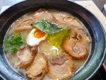 鶏白湯拉麺全部入り