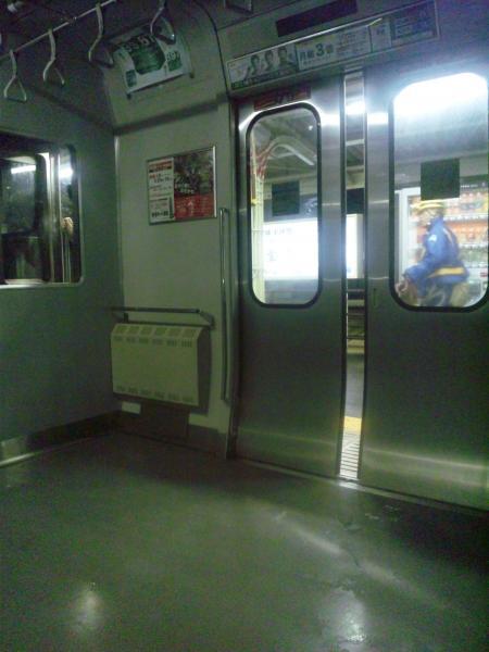 横須賀線車内
