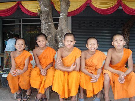タイの少年達