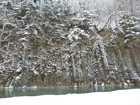 松川渓谷玄武岩02(2011.12.21)