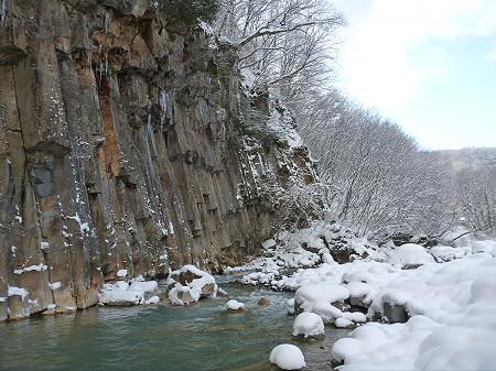 松川渓谷玄武岩05(2011.12.21)