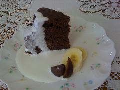 バター不使用チョコレートケーキマロン添え