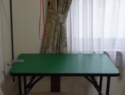 トリミングテーブル 003