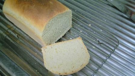 パン カット