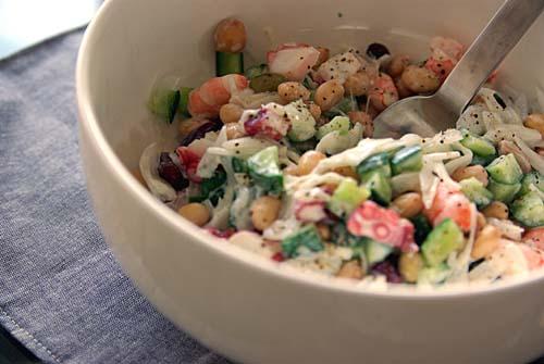 春の宴 豆とエビとタコのサラダ