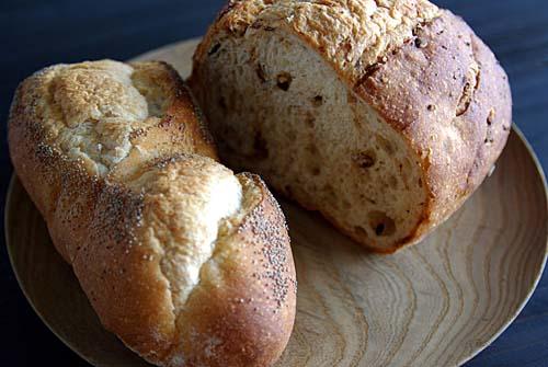 石釜で焼くパン ボブ Bob