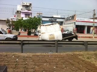delhi_car02.jpg