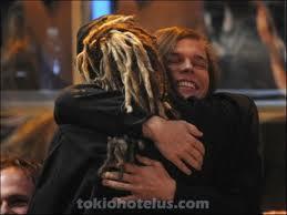 tom geo hug 0