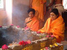 Sri-Karunamayi-Homa.jpg