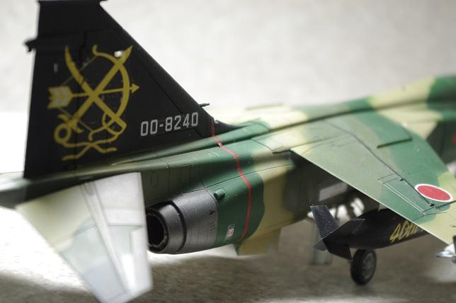 F1F1.jpg