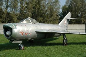 MiG-17PF_2_convert.jpg