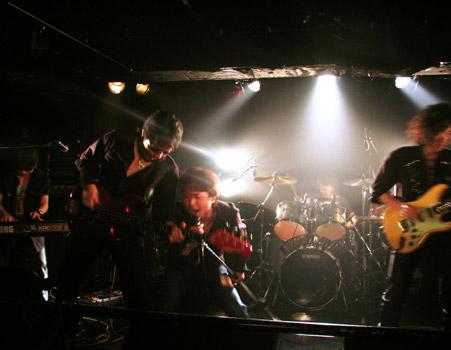 22_UnderTheRainbow.jpg