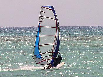 サイパンマイクロビーチ2007年7月27日今日も吹いてるぞ!