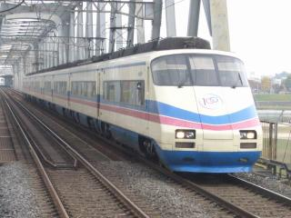 AE100型(編成不明)