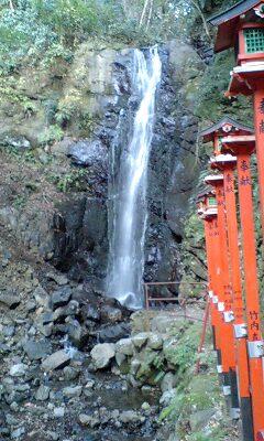 081229_1556~不動の滝1