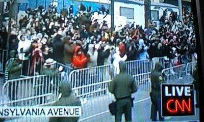 090121_0609~obama parade2