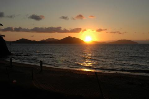 sunsetbeachs.jpg