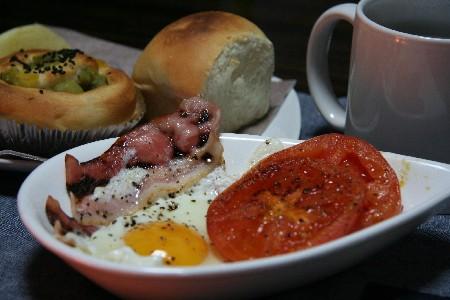 essebreakfast.jpg