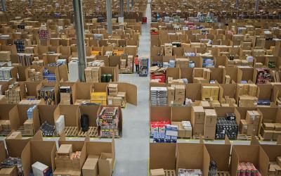 Amazon倉庫 イギリス