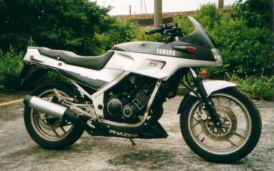 2002FZ250-002.jpg