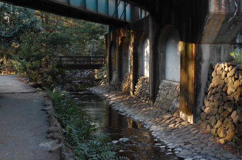 井の頭線陸橋2