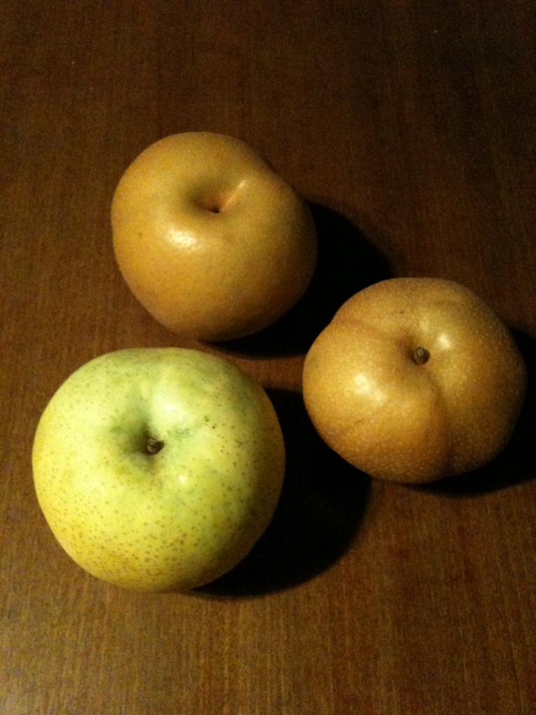 白谷さんからの梨