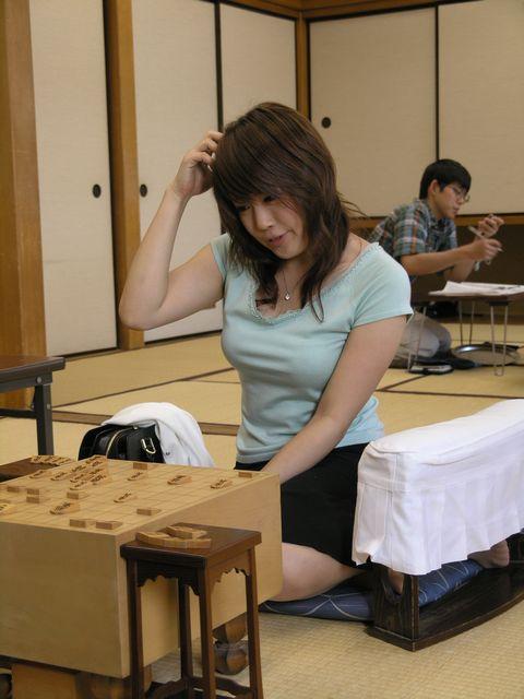 【朗報】藤井四段を破った女流棋士の室田伊緒さん、オタクに人気爆発  [582550711]YouTube動画>7本 ->画像>182枚