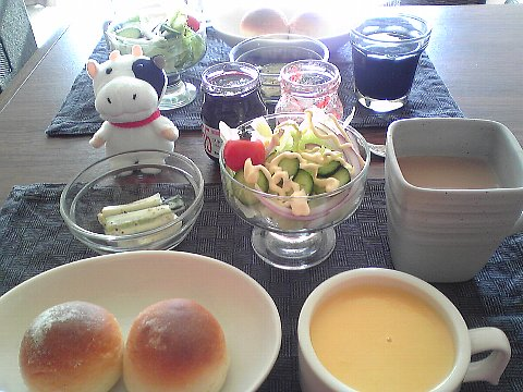丸パン&にんじんのポタージュ