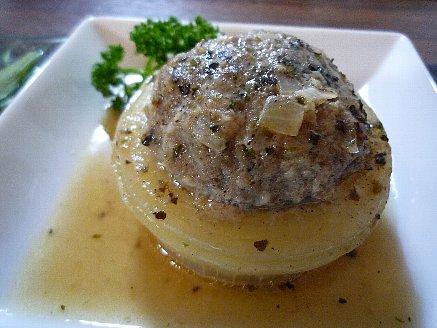 玉葱の肉詰め イタリアンハーブスープ煮
