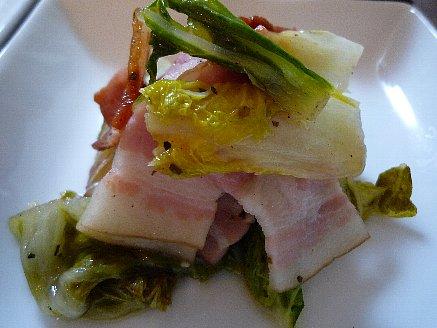 白菜とベーコンのイタリアンハーブ蒸し