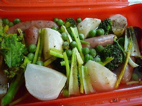ソーセージと野菜のポトフ
