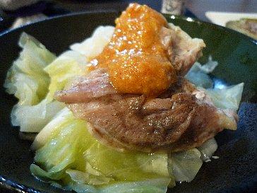 蒸し鶏の胡麻味噌ダレ