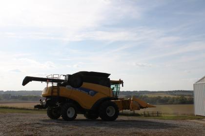 クラリンダソイビーンフィールド農機具