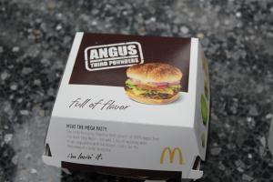 AngusThirdPowndersBox.jpg