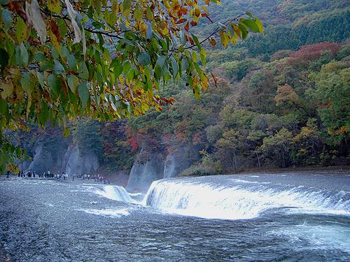 吹割の滝・紅⑤④