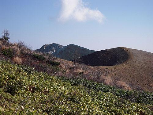 白根山湯釜②
