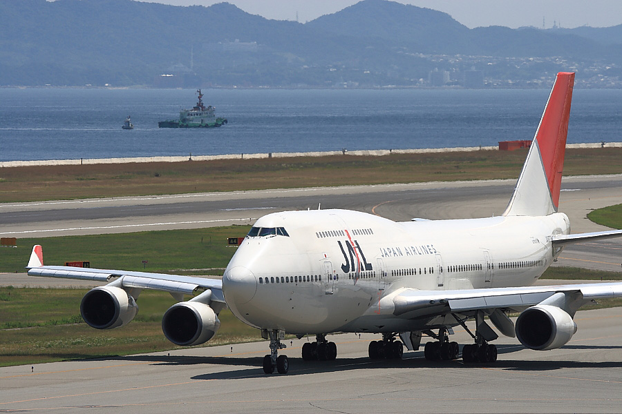 JAL B747-446 JA8073其の弐@関西国際空港/2007.6.23(by EOS Kiss Digital X with EF100-400mm F4.5-5.6L IS USM)