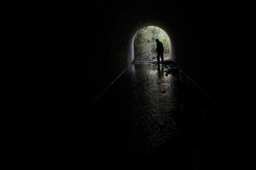 亀の首試射場トロッコトンネル