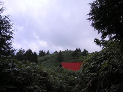 赤い屋根と展望・・のはずが