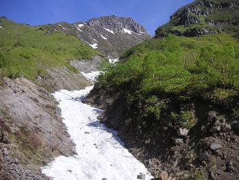 雪渓ですな~^^