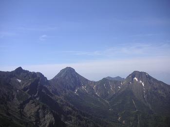 赤岳・阿弥陀岳を望む